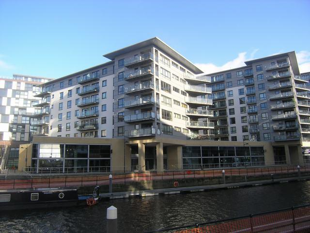 McClure House Clarence Dock Leeds - Flats In Leeds City Centre
