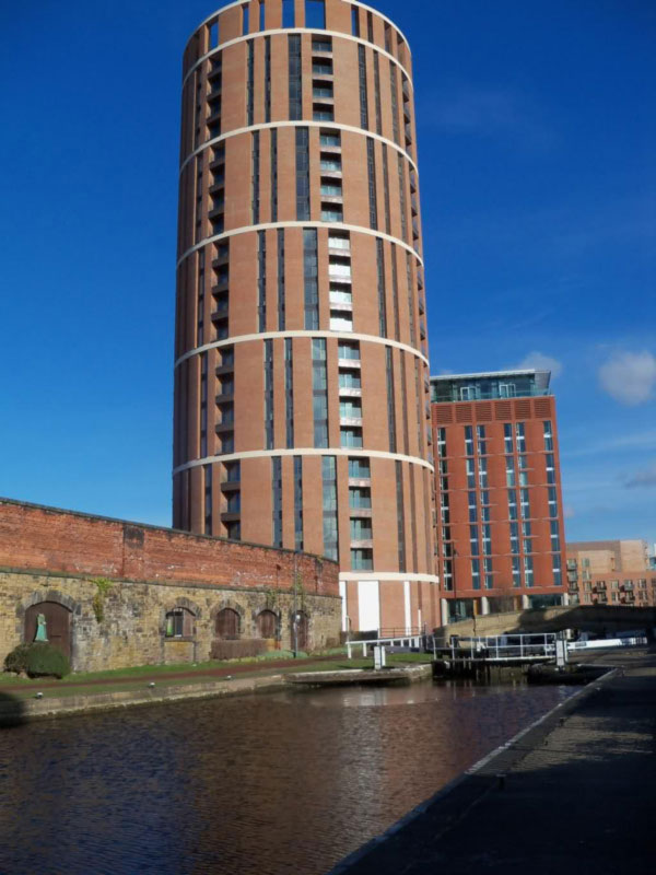 Candle House Granary Wharf Leeds Flats In Leeds City Centre